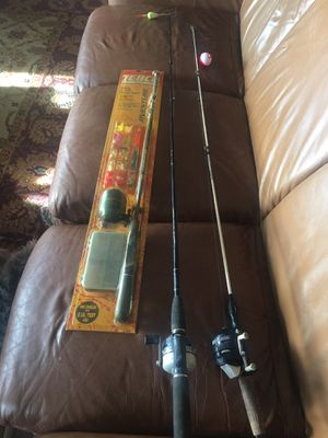 3 fishing rod/reel combos for Sale in Hendersonville, TN