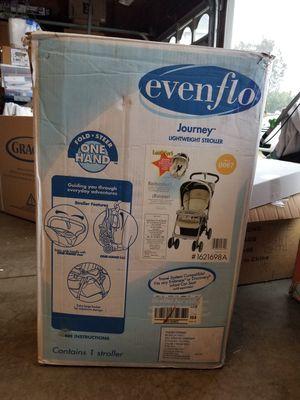 Lightweight stroller - Evenflo for Sale in Alta Loma, CA