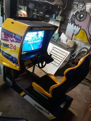Le man 24 arcade game for Sale in Bakersfield, CA