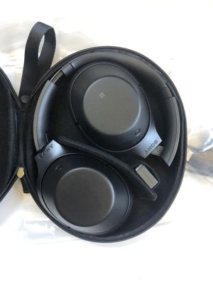 Sony MDR 1000x noise cancelling headphones Black for Sale in Leonia, NJ