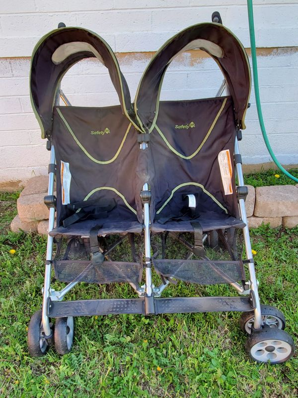 SAFTEY1ST DUAL TWIN STROLLER