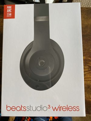 BRAND NEW BEATS STUDIO 3 WIRELESS for Sale in South San Francisco, CA