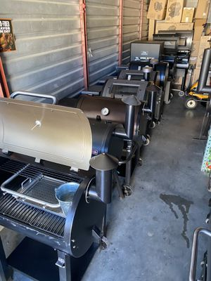 BBQ 🍗 grills and smokers 🔥 💨 for Sale in Atlanta, GA