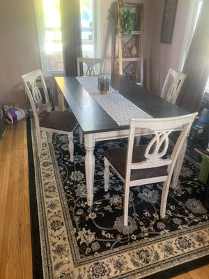 Nice kitchen table for Sale in Hayward, CA