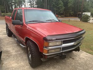 1999 Chevy 1500 Silverado long bed Extended Cab for Sale in Atlanta, GA