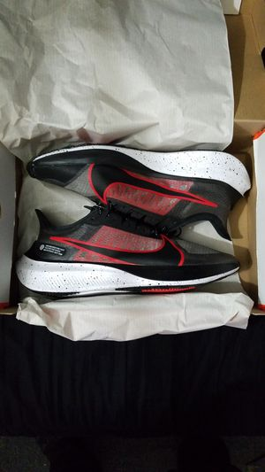 LIMITED EDITION 2019 NIKE ZOOM GRAVITY MEN'S LOW TOP SHOES SIZE 9 BLACK UNIVERSITY RED WHITE BRAND NEW WITH TAGS SERIOUS BUYERS ONLY for Sale in Huntington Park, CA