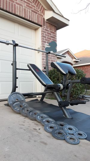 Marcy bench press weights and bar for Sale in Saginaw, TX