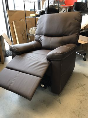 Recliner chair for Sale in Atlanta, GA