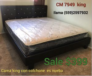 Cal king w mattress bew for Sale in Fresno, CA
