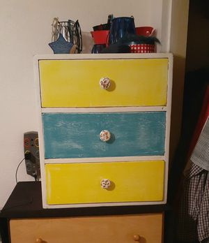 Set of drawers for Sale in Fresno, CA