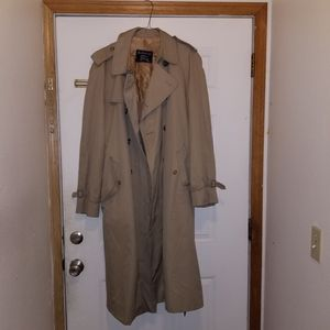 Burberry trench for Sale in Kent, WA