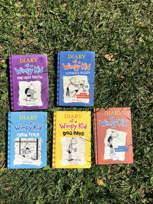 Diary of a wimpy kid set of 5 books for Sale in Chino, CA