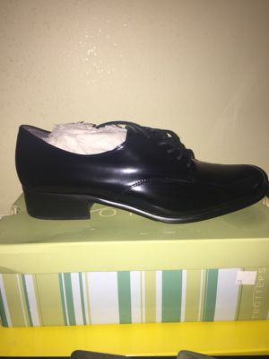 Women's black leather shoes for Sale in Baltimore, MD