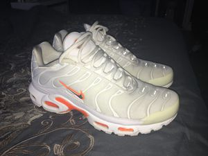 Nike Air Max Plus size 10 for Sale in Queens, NY