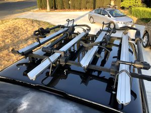 Thule 594XT sidearm rack for Sale in Fresno, CA