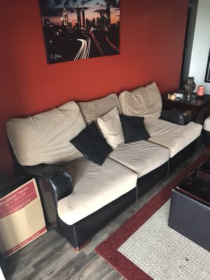 All in one set! 2 Couches, ottoman, side table for Sale in Atlanta, GA