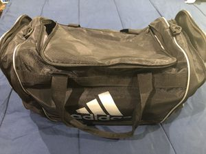 Barely us Adidas Sports Bag for Sale in Los Angeles, CA