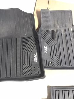 Camry all weather floor mats for Sale in Bruceville,  TX