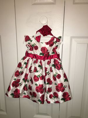 Red and white flower roses baby girl dress 3-6 months for Sale in Fort Myers, FL