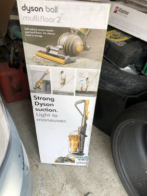 Dyson ball multifloor 2 vacuum cleaner for Sale in Oakland, CA