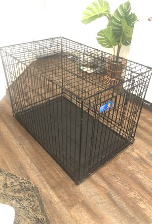 Double door folding dog crate for Sale in NEW PRT RCHY, FL