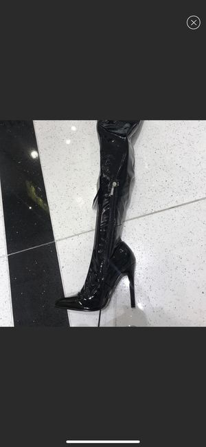 Forever 21 thigh high boots leather . for Sale in Middle River, MD