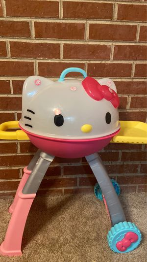 Hello kitty grill for Sale in Downers Grove, IL