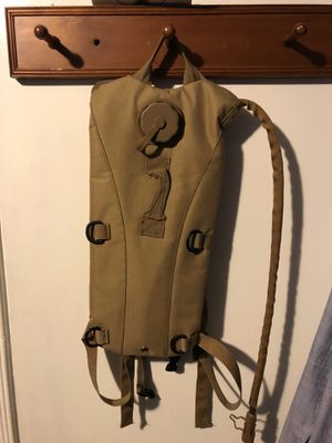 Military style hydration camelpak for Sale in Downey, CA