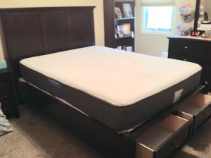 "Bed Frame and Mattress ""Queen"" excellent condition for Sale in Fort Wayne, IN"