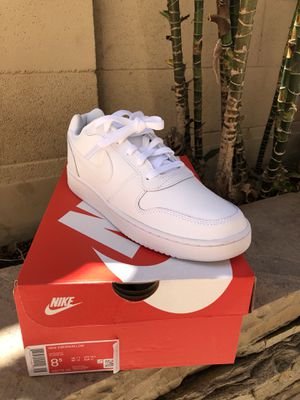 NIKE Ebernon Low White (Mens) for Sale in Los Alamitos, CA