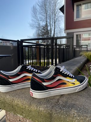 Men's Vans size 10 for Sale in Woodinville, WA