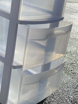 New Plastic organiza/sterilite-3-drawer-rolling-storage- for Sale in Kirkland,  WA
