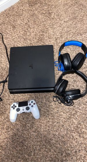PS4/PlayStation 4 for Sale in Milwaukie, OR