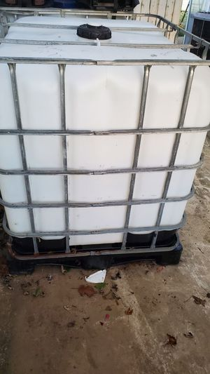 Water tank 275g. for Sale in Rockville, MD