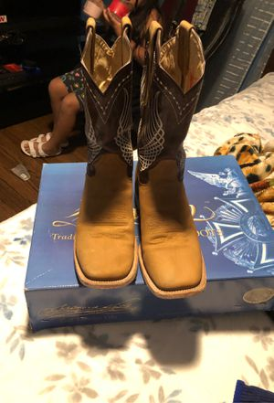 Boots for sale size 9 men's for Sale in Brentwood, NC