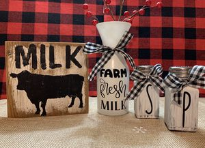 Farmhouse style decor for Sale in Salem, OR