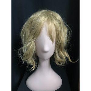 Golden Brown / Blonde Wig for Sale in Baldwin Park, CA