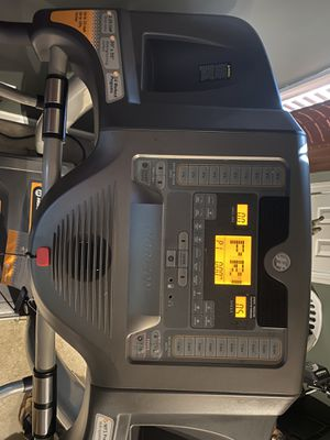 Horizon Treadmill T82 for Sale in Raleigh, NC