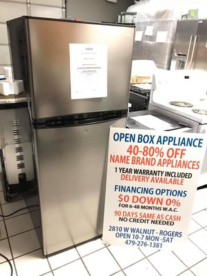HAIER 9.8 CU FT TOP-FREEZER REFRIGERATOR for Sale in Rogers, AR