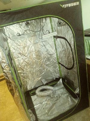 "*OBO* 48×48×80"" vivosun grow tent for Sale in Clearwater, FL"