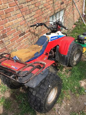 4 wheeler Need work 300 first Come for Sale in Detroit, MI