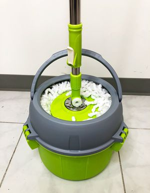 New $20 Stainless Steel Deluxe 360 Spin Mop Bucket Floor Cleaning System w/ 2 Microfiber Mop Head for Sale in South El Monte, CA