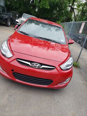 Hyundai accent 2012 for Sale in Frederick, MD
