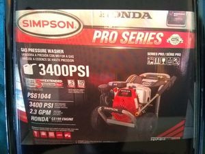 Pressure washer HONDA PRO SERIES GAS SIMPSON 3400 PSI for Sale in Las Vegas, NV
