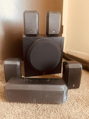 Yamaha Surround Sound with Powered Subwoofer. for Sale in Buffalo, NY