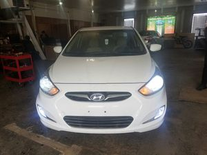 2013 Hyundai accent for Sale in Cleveland, OH