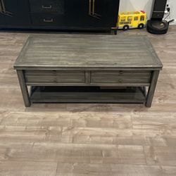 Coffee Table for Sale in Burbank,  CA