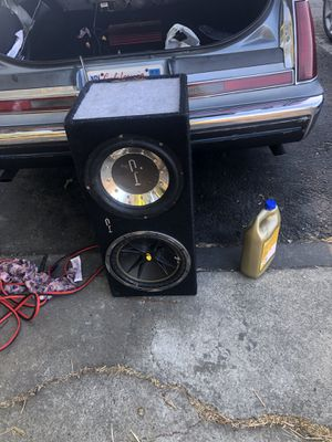2 12 inch subwoofer for Sale in Pittsburg, CA