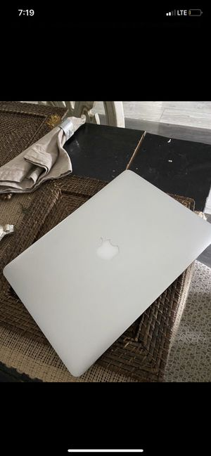 MacBook Air 17 for Sale in Nashville, TN