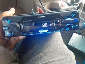 STEREO SONY AUX USB BLUETOOTH GOOD CONDICIÓN ABLO ESPAÑOL for Sale in Stockton, CA